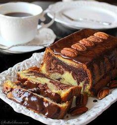Najlepsze i Najprostsze Wilgotne Ciasto Marmurkowe - Przepis - Słodka Strona Polish Desserts, Polish Recipes, Cookie Desserts, Sweets Cake, Mini Muffins, Pumpkin Cheesecake, Food Cakes, Yummy Cakes, Cake Cookies