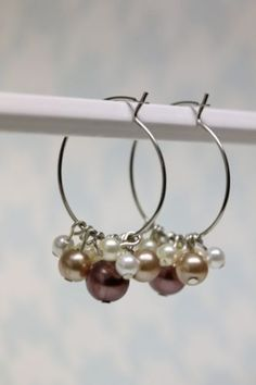 http://www.mygirlishwhims.com/2013/09/20-diy-earring-projects.html?utm_source=CraftGossip Daily Newsletter