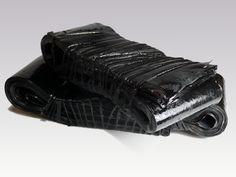 D'un Noir Au-delà  http://www.garancedenaux.com/sculptures/