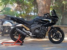 Yamaha Tdm 900 / thehook Black When in doubt, throttle it out