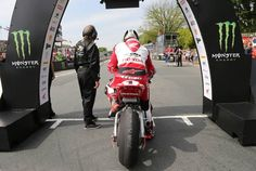 John McGuinness (Honda) at the start of the Superbike TT race on the Isle of Man today. Picture: Stephen Davison Pacemaker