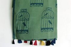 It's a Cotton hand block printed green dupatta with cage print on it. With beautiful tussles on it #chhapa