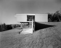 The June Halverson Alworth House by Marcel Breuer, 1955 - http://form9.tumblr.com/page/12