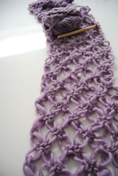 celtic love knots - great lazy day project Oh so fast crocheting.and a very pretty way to showcase lovely yarn. Very PRETTY, maybe worth considering a crochet project soon? Knit Or Crochet, Learn To Crochet, Crochet Scarves, Crochet Crafts, Yarn Crafts, Sewing Crafts, Crocheted Scarf, Easy Crochet, Crochet Hair