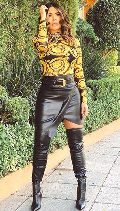 French Fashion Tips .French Fashion Tips Leather Fashion, Fashion Boots, Jeans Fashion, Look Fashion, Womens Fashion, Fashion Tips, Fashion Hacks, Petite Fashion, French Fashion
