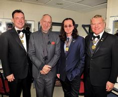 A nice pic of Rush with Pete Townshend at the presentation of Governor-General's Award for Lifetime Achievement in the Performing Arts in Ottawa. Eric Clapton Guitar, A Farewell To Kings, Rush Band, Alex Lifeson, Geddy Lee, Neil Peart, The Yardbirds, Pete Townshend, Marc Bolan