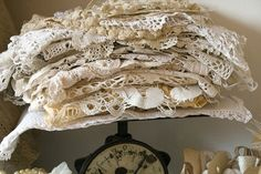 Doilies on vintage scale are part of a craft room vignette in all tones of white. Top Fashion, Vintage Fashion, Colorful Roses, Linens And Lace, White Linens, Lace Doilies, Vintage Love, Vintage Silver, Vintage Photos