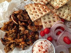 Snack Recipes, Snacks, Greek Recipes, Waffles, Food And Drink, Sweets, Chicken, Breakfast, Drinks