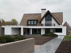 boobyarasw - 0 results for architecture Classic Architecture, Residential Architecture, Architecture Design, Dormer House, Home Exterior Makeover, House Extensions, House Goals, My New Room, My Dream Home