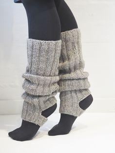 Neulotut säärystimet Novita Suomivilla | Novita knits Wool Socks, Knitting Socks, Clothes Crafts, Yarn Crafts, Leg Warmers, Fall Outfits, Knit Crochet, Knitting Patterns, Legs