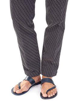 e32ea9693 Sandals for Men Gain Ground