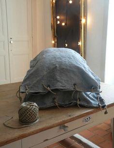 La Source d'Angèle DIY Linen Pillowcase   Remodelista