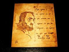 Padre Pio.  Pirografia su legno.  Di Barbara Guarini.  TB International Pirography