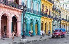 Lugares coloridos para visitar (Colorful places to visit): Havana, Cuba.- See more at: http://followthecolours.com.br/traveluv/10-lugares-coloridos-incriveis-para-se-visitar-na-america-latina/#sthash.9SE5w73H.dpuf