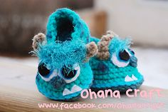 Ravelry: Monster Baby Booties(choose 1 pattern) pattern by ohana craft ♥♥ Booties Crochet, Crochet Baby Shoes, Crochet Baby Clothes, Crochet Slippers, Cute Crochet, Crochet For Kids, Baby Booties, Knit Crochet, Baby Sandals