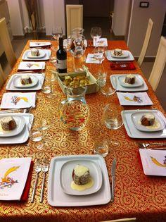 Tavola di Natale cena tra amici