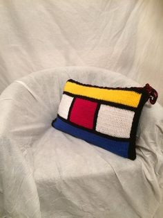 CUSHION RECTANGULAR STYLE MONDRIAN, DOUBLE FACE wool, handmade crochet, very soft and silky, with closure in laces. 30 X 50 cm. Removable and washable. Available in several copies on order.