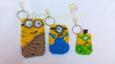 Minion inspired plarn coin purses, cell phone cases/Monederos inspirados en los Minions