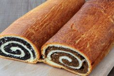 Beigli - Hungarian Poppy Seed And Walnut Rolls Royalty Free Stock Images - Image: 7630459 Dog Cake Recipes, Dog Food Recipes, Cooking Recipes, No Bake Desserts, Dessert Recipes, Sweets Online, Easy Cake Decorating, Dog Cakes, Russian Recipes