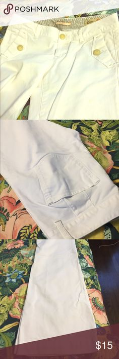 Gap wide leg Jean White wide leg trousers cut from light weight Jean. Some staining and wear inside and at bottom of legs. Otherwise in great shape. Gap Jeans Flare & Wide Leg