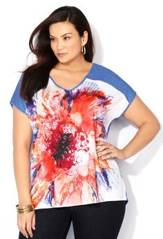Bold Floral Knit to Fit Top-Plus Size Top-Avenue