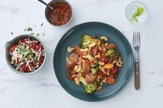 Pølsepanne med makaroni og tomatsaus
