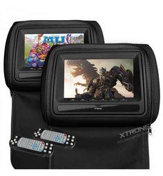 """Hoy queremos destacar nuestra Pareja de Reposacabezas DVD Xtrons color negro de 7"""" LCD HD 800*480 con cremallera. Una pareja de reproductores DVD integrados en reposacabezas de cuero (cierre de cremallera) con pantalla de 7"""" HQ que reproduce múltiples formatos (incluído DivX). Además incluye CD con juegos mandos para dos jugadores y dos mandos para el control de todas las funciones del reproductor DVD."""
