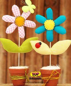 Como fazer vasinho com flor de tecido http://topartesanato.com/vasinho-com-flor-de-tecido/  #artesanato #handmade #diy