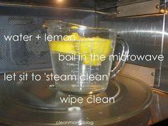 Mikrowelle reinigen: Wasser und eine durchgeschnittene Zitrone in der Mikrowelle aufkochen, rausnehmen und alles einfach nachwischen.