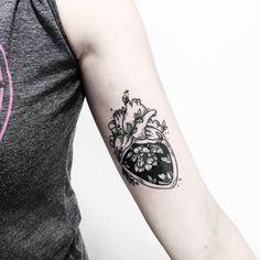 """777 mentions J'aime, 3 commentaires - Fer Solley (@sollefe) sur Instagram : """"❤ Feliz inicio de semana ! Quién la va a empezar estrenando tatuaje ? Para tatuajes y diseños…"""""""