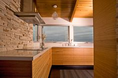 love the counter tops and cabinets