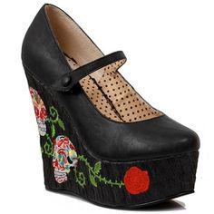 I love sugar skulls! These wedges are just too cute!