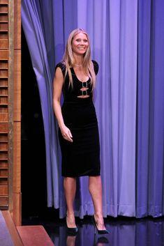 743cc917f72c Gwyneth Paltrow In Christopher Kane - The Tonight Show Starring Jimmy  Fallon - Red Carpet Fashion Awards