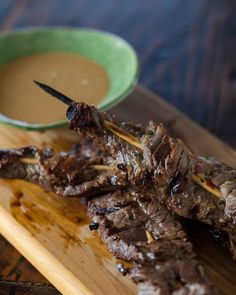 Beef Satay Skewers with Habanero Peanut Sauce from Steamy Kitchen Peanut Sauce Recipe, Sauce Recipes, Meat Recipes, Asian Recipes, Food Processor Recipes, Dinner Recipes, Cooking Recipes, Healthy Recipes, Dinner Ideas