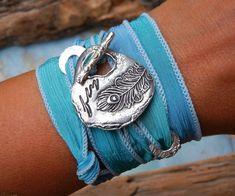 Peacock Feather Jewelry Bohemian Jewelry Silk Wrap por HappyGoLicky