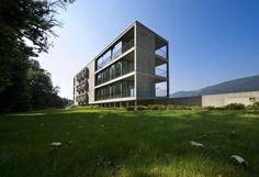 Gallery - Residential Building In Cureglia / Stefano Moor + Bonetti e Bonetti Architetti - 1