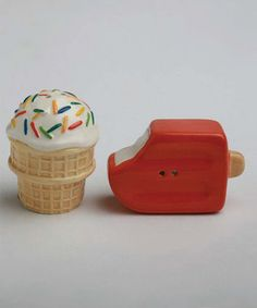 Super cute salt and pepper shakers