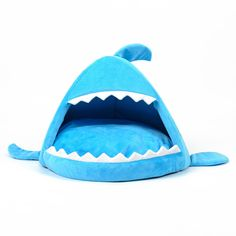 Beautiful Shark Dog Kennel Bed Puppy Cushion Sofa