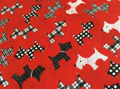Fat Quarter  100 cotton fabric Dogs Color Red by Craftlandia23, €2.75