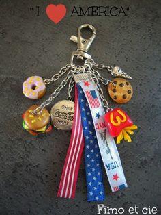 """petit bijou de sac fantaisie , gri-gri ou encore porte-clefs selon ses envies... sur le thème du """"fast food"""", composé de breloques en fimo (donnut,..."""