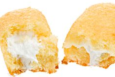 Don't suffer from Hostess Brands' financial woes -- make your own Twinkies Jan 2012 AM by Claire Gallam Posted in Food & Recipes / Dessert Recipes / Baking Köstliche Desserts, Delicious Desserts, Dessert Recipes, Yummy Food, Dessert Bars, Dinner Recipes, Homemade Twinkies, Donuts, Crack Crackers