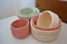 bárčodomňahoď Wicker Baskets, Baby Shoes, Handmade, Home Decor, Crafts, Homemade Home Decor, Hand Made, Baby Boy Shoes, Craft