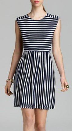 This navy-and-white striped dress is less harsh for spring than, say, a play-it-safe black dress. Casual Dresses, Short Dresses, Summer Dresses, Latest African Fashion Dresses, Stripped Dress, Lovely Dresses, Look Fashion, Dress To Impress, Blouses For Women