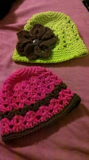Hat that Shannon made.....I think I need the green one in my size :)