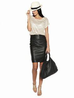 Berenice: Tee-shirt Oversize imprimée peau de zebre. Impression shiny.