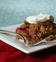 Healthy(ish) dessert: apple-cranberry crisp with lime and ginger