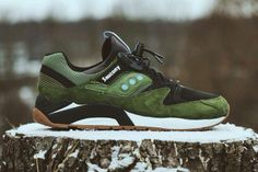 Coolest sneakers olive green #men #woman