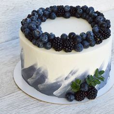 [New] The 10 Best Home Decor Ideas Today (with Pictures) – Blueberry cake decore… - Creative Cake Decorating Ideen Gorgeous Cakes, Pretty Cakes, Cute Cakes, Amazing Cakes, Cake Recipes, Dessert Recipes, Baking Desserts, Blueberry Cake, Blueberry Chocolate