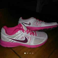 Nike air relentless 3 In great cinditions used twice Nike Shoes Athletic Shoes