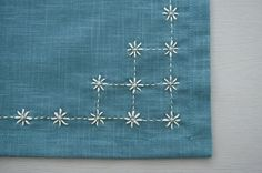 Japanese Embroidery Designs traditional sashiko stitch \kome zashi\ or rice stitches. Simple and sweet. Sashiko Embroidery, Simple Embroidery, Japanese Embroidery, Hand Embroidery Stitches, Hand Embroidery Designs, Embroidery Techniques, Embroidery Art, Cross Stitch Embroidery, Tambour Embroidery